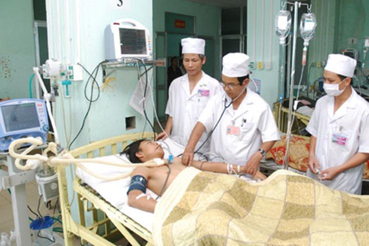 Nhân ngày thầy thuốc Việt Nam: Đồng lương rẻ mạt + y đức = người thầy thuốc Việt Nam (chuẩn)?