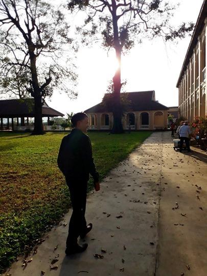 Tác giả Trần Quốc Toàn tại Tiểu chủng viện Làng Sông