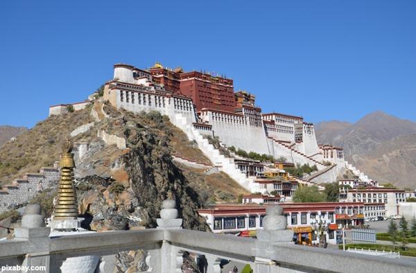 Tibet Lhasa 1
